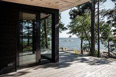 arkkitehti-joanna-maury-ahola-kesakoti-saaristo-moderni-huvila-villa-interior-krista-keltanen-02