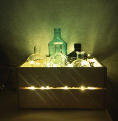 Diy lamp with liquor bottles, led and woodden box ✨✨✨ lampada fai da te punto luce con bottiglie di liquori, led e cassetta di legno. Riciclo creativo