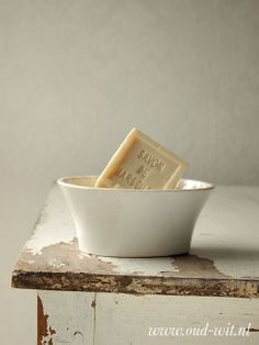 Pudding mold as soap dish - Oud Wit Brocante
