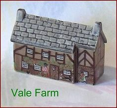 Farm House Wade Porcelain Whimsey in the Vale Farm Painted Lady House, Red Rose Tea, Build Your Brand, Saved Items, Miniture Things, The Ordinary, Red Roses, Decorative Boxes, Porcelain