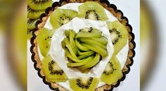 Kiwi Tart Cold Desserts, No Bake Desserts, Other Recipes, My Recipes, Tart Molds, Nutella Brownies, Buttery Biscuits, Fresh Cream, Cream And Sugar