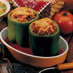 Stuffed Peppers for Two Recipe This is the one I'm making tomorrow. Yum Stuffed Peppers for Two Recipe This is the one I'm making tomorrow. Cooking For One, Cooking Tips, Cooking Recipes, Cooking Bacon, Batch Cooking, Easy Cooking, Recipe For 1, Recipe Making, Recipe Recipe