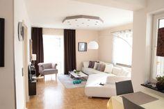 Die Stimmung In Diesem Wohnzimmer Ist Aufgrund Der Hellen, Angenehmen  Farbtöne Besonders Schön! Das