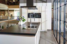 Moderne keuken Kitchen, Table, Furniture, Home Decor, Website, Lush, Cooking, Decoration Home, Room Decor