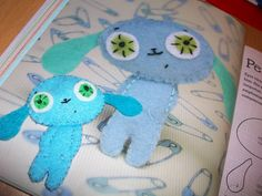 pinterest 365: day 351: felties thanks to the inspirational felt book i found on pinterest by nelly pailloux ... so much fun to make!