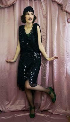 1920s Slytherin party dress. www.domowakostiumologia.blogspot.com