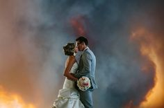 An Oregon Couple Rushed Through Their Wedding Because Of A Wildfire And The Photos Are Breathtaking