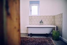Házprojekt képe Clawfoot Bathtub, Cement, Bathroom, Washroom, Full Bath, Bath, Bathrooms, Concrete