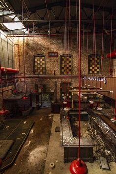 Abandoned bar.