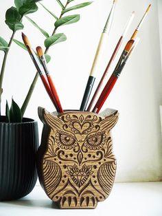 Wood holder for pen Carved Owl Pen Stand Desk Pencil Stand owl