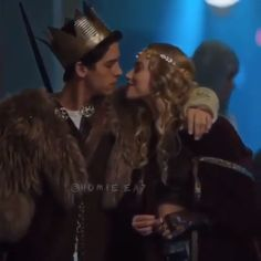 fp and alice * fp and alice , fp and alice riverdale , fp and alice kiss Riverdale Poster, Bughead Riverdale, Riverdale Funny, Riverdale Memes, Cole M Sprouse, Cole Sprouse Jughead, Riverdale Betty And Jughead, Riverdale Archie And Betty, Riverdale Betty And Veronica