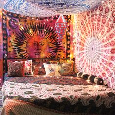 hippy room 378091331216498645 - DIY : How to make tapestry canopy? Hippie Bedroom Decor, Hippy Bedroom, Boho Room, Hippie Bedding, Room Tapestry, Chill Room, Indie Room, Aesthetic Room Decor, Dream Rooms