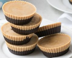 Delicious peanut butter cups to tie you through to the next meal, low in carbs and perfect for the 28 Day Weight Loss Challenge.