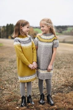 282 Varde family finull - Knitting yarn and knitting patterns - TWO WOMEN Knitting For Kids, Baby Knitting Patterns, Free Knitting, Knitting Yarn, Crochet Woman, Crochet Baby, Knit Crochet, Diy Crafts Crochet, Icelandic Sweaters