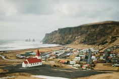 black sand beach and vik, iceland | mr + mrs globetrot.