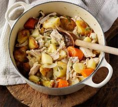 LEFTOVER TURKEY CASSEROLE ~ This one pot stew uses up all your roast dinner leftovers in one go and has a great honey mustard tang Leftover Turkey Casserole, Leftover Turkey Recipes, Leftovers Recipes, Best Casserole Recipes Ever, Beef Casserole Recipes, Pork Casserole, Cornbread Casserole, Herb Roasted Turkey, Roasted Vegetables