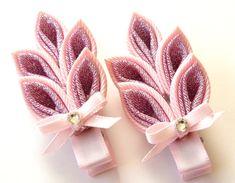 Kanzashi hair clip. Set of 2 hair clips. Pink Kanzashi leaf.
