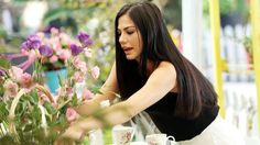 LALE Turkish Actors, Celebs, Crown, Long Hair Styles, Beauty, Fashion, Celebrities, Moda, Corona