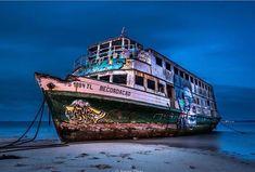 Abandoned ship   Ship art   Graffiti.
