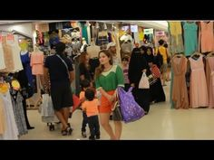 2013 Inside Platinum Vogue Mall Clothes Wholesale Bangkok Thailand HD - http://bangkok-mega.com/2013-inside-platinum-vogue-mall-clothes-wholesale-bangkok-thailand-hd/
