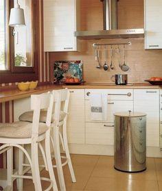 6 tipov, ako urobiť malú kuchyňu vizuálne väčšou | LepšieBývanie.sk
