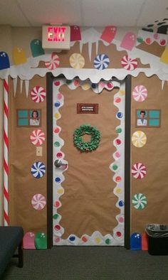 88 simple diy christmas door decorations for home and school 9 Diy Christmas Door Decorations, Christmas Door Decorating Contest, Christmas Classroom Door, School Door Decorations, Gingerbread Decorations, Preschool Christmas, Christmas Diy, Gingerbread Christmas Decor, Gingerbread Man
