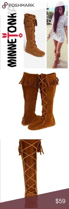 💕SALE💕Minnetonka Brown Suede Fringe Lace Boots Gorgeous 💕Minnetonka Brown Suede Fringe Lace Boots Minnetonka Shoes Winter & Rain Boots