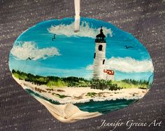 Hand Painted Nantucket Scene on a Clam Shell by JGMerzon on Etsy Seashell Painting, Seashell Art, Seashell Crafts, Beach Crafts, Stone Painting, Art From Recycled Materials, Oyster Shell Crafts, Painted Shells, Sharpie Art