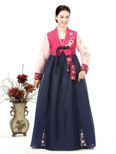 traditional korean hanbok wedding dress