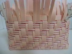 Basket Weaving, Crafts, Baskets, Table, Hampers, Basket, Mesas, Crafting, Diy Crafts