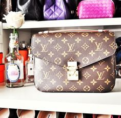 #Louis #Vuitton #Outlet Is The Best Choice To Send Your Friend As A Gift, LV Is Always The Best Choice, Get The Style You Love From Here.
