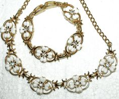 White 4- Leave Clovers Crystal Diamond Demi Parure Choker Necklace & Bracelet Lisner Style
