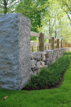 I quite like the idea of hedges but this is a very nice fence with the rock and railing. I quite like the idea of hedges but this is a very nice fence with the rock and railing. Front Yard Fence, Farm Fence, Fence Gate, Diy Fence, Driveway Gate, Driveway Entrance Landscaping, Pasture Fencing, Ranch Fencing, Horse Fence