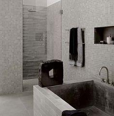 mosaique blanc nacré salle de bains | Carrelage mosaïque ton gris ( Tendances salle de bains ) posté le ...