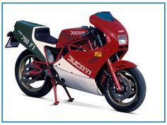 Liebe AutoErlebniswelt Freunde,  wir sind im Jahr 1985, gerade an Cagiva verkauft, gebar Ducati 1985 mit der Ducati 750 F1 einen der allerschönsten Motorradträume. Denn nur wer Kraft zum Träumen hat, hat auch Kraft zum Leben. Euer Volker vom MotorradTeam der AutoErlebniswelt-Tü Taunus
