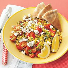 Lightly dressed with lemon juice and olive oil, Mediterranean Lentil Salad is a healthy meatless option for dinner. Lentil Salad Recipes, Healthy Salad Recipes, Vegetarian Recipes, Cooking Recipes, Easy Summer Meals, Summer Recipes, Budget Meal Planning, Budget Meals, Soup And Salad