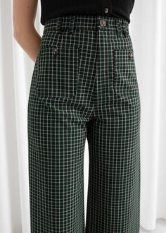 Kick Flare Plaid Trousers - Kick Flare Plaid Trousers – Green Plaid – High Waisted Trousers – & Other Stories - Fashion Story, Fashion Outfits, Emo Fashion, Lolita Fashion, Gothic Fashion, Look Cool, Aesthetic Clothes, Autumn Winter Fashion, Work Wear