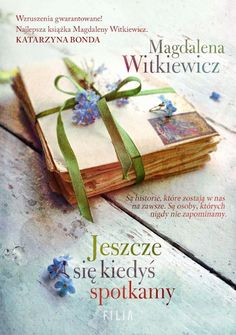 Poland Language, Markus Zusak, Colleen Hoover, Still Life Photography, Free Delivery, My Books, Finding Yourself, Decorative Boxes, Gift Wrapping
