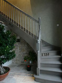 escalier repeint avec trois tons de gris r alisation cliente idee escalier pinterest. Black Bedroom Furniture Sets. Home Design Ideas