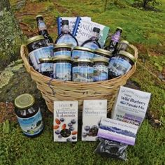 Make sure Mom gets the gift she loves and order her one of our unique BHJ gift baskets! #mothersday #blueberry #jam