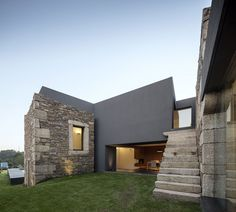 Arc of the World — archatlas: A House Between the Old and the New...