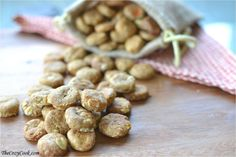 These homemade doggie snacks are packed with all-natural, wholesome ingredients that your favorite furry friend will LOVE!