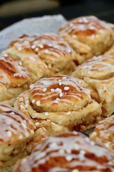 Cake Recipes, Dessert Recipes, Scandinavian Food, Danish Food, Sweet Pastries, Angel Food Cake, Desserts To Make, Food Cakes, Chocolate Desserts
