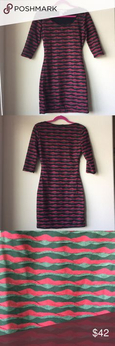 Max Studio Half Sleeve Dress XS Max Studio Half Sleeve Dress  Size: XS (2) Color: red/Black/Gray  Beautiful dress, perfect for work! Fun texture (as pictured). Half sleeve length!   Price firm/No trades Max Studio Dresses Long Sleeve