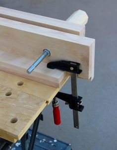 Make a Bench Vise for Woodworking : 6 Steps (with Pictures) - Instructables Woodworking Bench Vise, Woodworking Workshop, Woodworking Furniture, Woodworking Shop, Portable Workbench, Diy Workbench, Diy Bench, Bench With Storage, Tool Storage