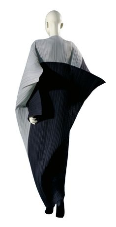 The Brilliance of Issey Miyake: A Retrospective | The Rosenrot | For The Love of Avant-Garde Fashion