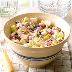 Cherry Waldorf Salad Recipe -Field editor Marie Hattrup combines apples with cherries and cranberries to give a new twist to the classic Waldorf salad. Dessert Salads, Fruit Salad Recipes, Fruit Salads, Jello Salads, Fruit Dessert, Fruit Dishes, Cherry Recipes, Apple Recipes, Blender Recipes