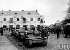 "Hungarian tankette Italian production ""Fiat-Ansaldo"" and the soldiers are captured by the Czechoslovak town of Khust in Carpathian Ukraine. In the background is the headquarters building of the ""Carpathian Sich"" with traces of fights. Blackhawk Tactical, Ww2 Tanks, Luftwaffe, Armored Vehicles, 2 In, Military Vehicles, World War, Army, History"