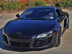 5 Tiptop Audi R8 Tune Jobs. oh lord.