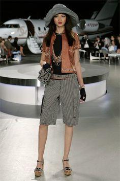 Chanel Resort 2008 Fashion Show - Bruna Tenorio